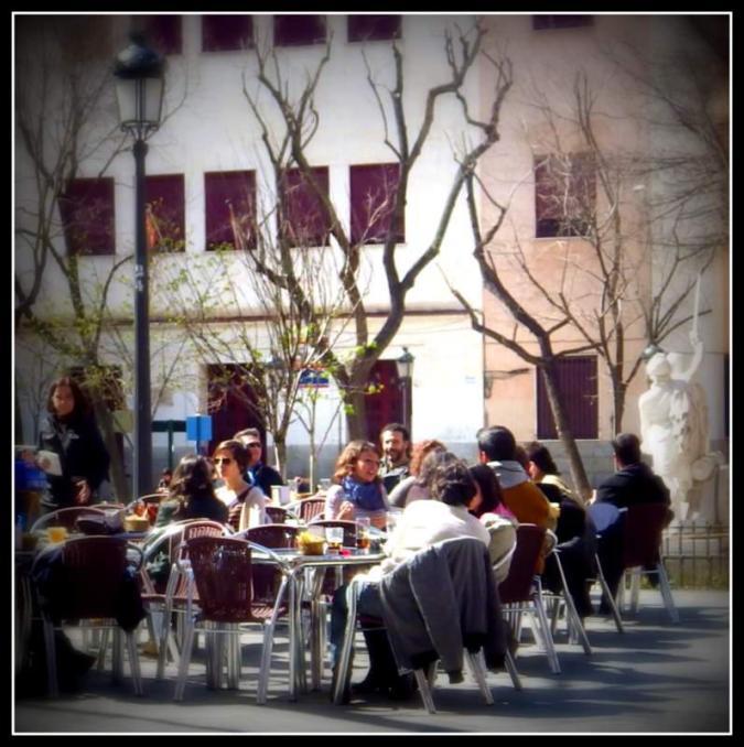 plaza-dos-de-mayo-adriana-alcol