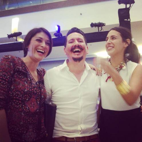 Las diseñadoras de ÉTNICO con Álvaro Núñez de Autóctono Diseño Ético y Responsable el diseñador revelación en este Fashion Week San José