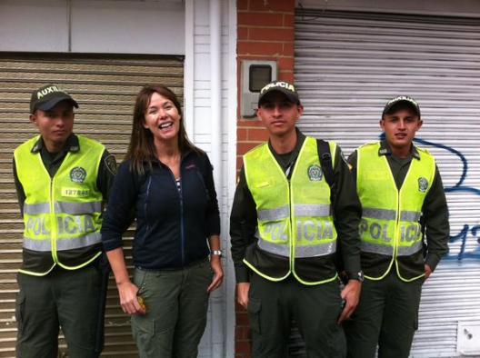 Mabel con la Policía de Colombia