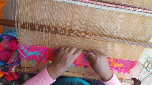 nuevos proyectos yejido en telar de cintura con tecnica de brocado con algodon natural